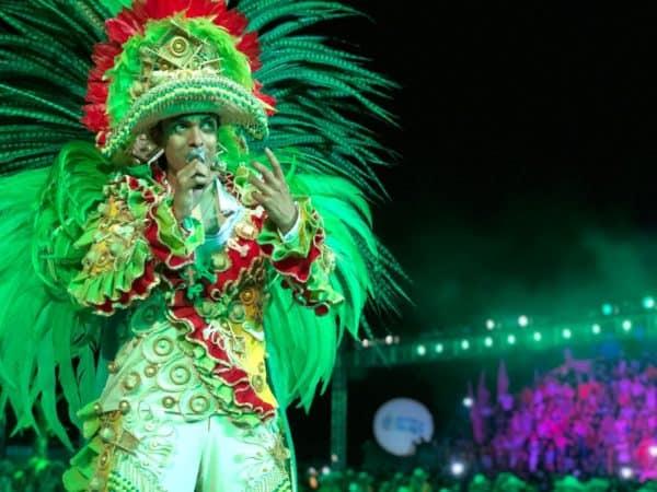 Festival dos botos Tucuxi e Cor-de-Rosa - Festa do Çairé, em Alter do Chão, no Pará